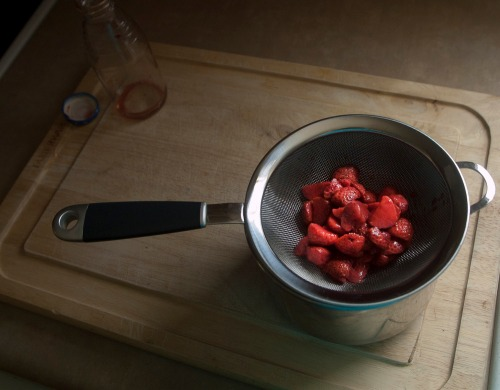 Straining_strawberries