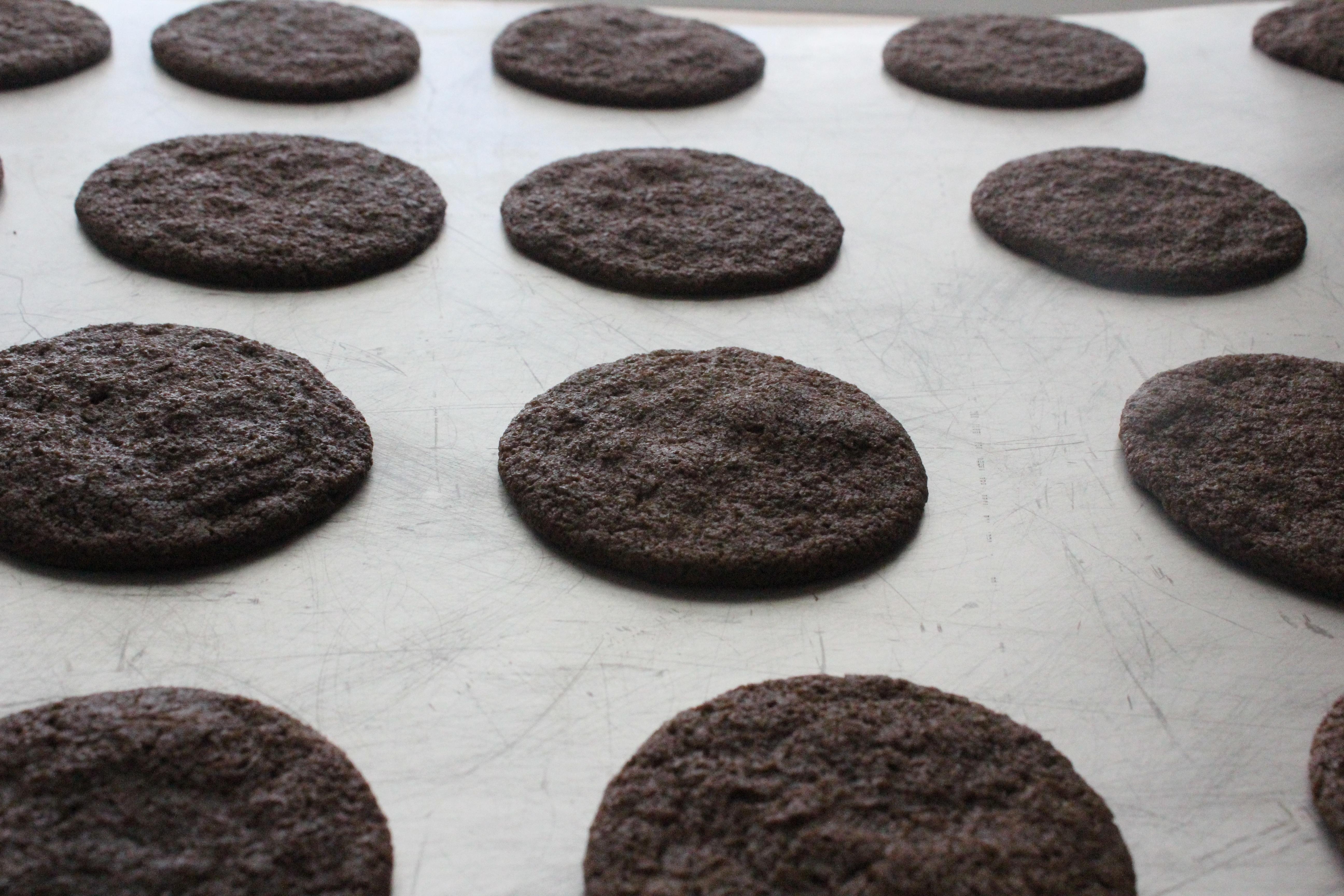 Homemade Oreo Cookies   The Night Bakery